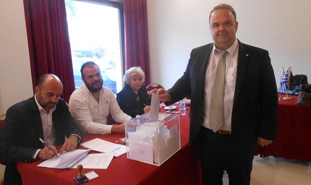 Επανεξελέγη πρόεδρος της Ένωσης Λειτουργών Γραφείων Κηδειών Ελλάδος ο Νίκος Αγγελέτος