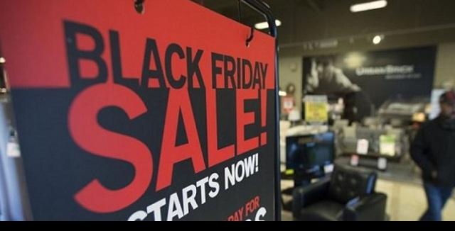 Ο τζίρος της Black Friday «μοιράστηκε» φέτος και στα μικρά καταστήματα του Βόλου