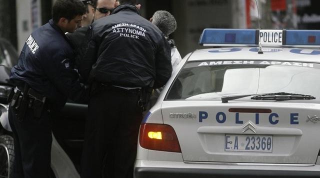 Έρευνες για ναρκωτικά και συλλήψεις στην Καλαμπάκα