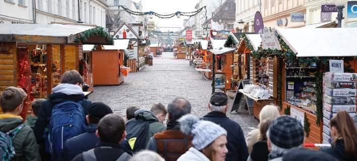 Παραλίγο μακελειό στο Πότσδαμ: Εκρηκτικό πακέτο στη χριστουγεννιάτικη αγορά [εικόνες]