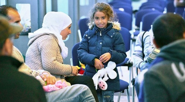Γερμανία: Xριστουγεννιάτικος «μποναμάς» σε μετανάστες και πρόσφυγες για να επιστρέψουν στην πατρίδα τους