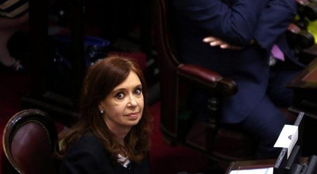 Ένταλμα σύλληψης για την πρώην πρόεδρο της Αργεντινής, Κριστίνα Κίρχνερ