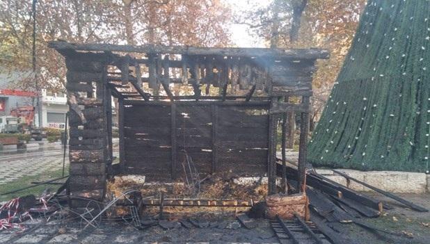 Εμπρησμό βλέπουν πίσω από τη φωτιά στη φάτνη στελέχη της δημοτικής αρχής Λάρισας