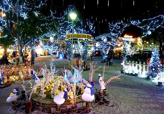 Οι χριστουγεννιάτικες εκδηλώσεις μέχρι την Δευτέρα
