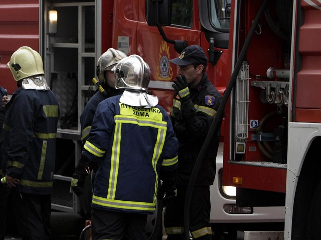 Φωτιά σε λέβητα σε υπόγειο σπιτιού στη Νεάπολη