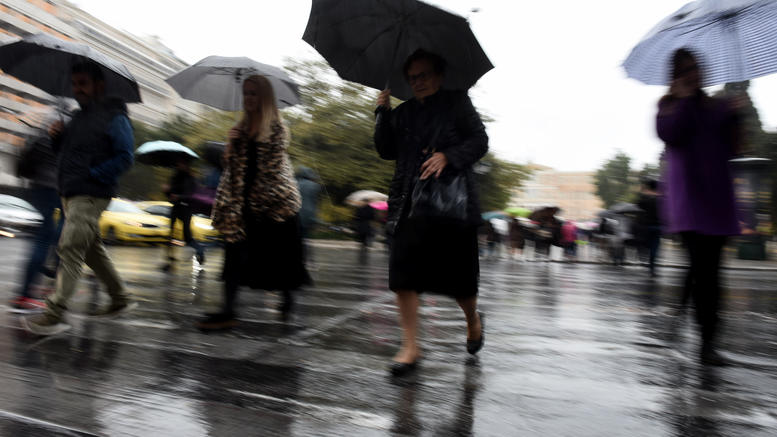 Λιακάδα τέλος: Έρχονται ισχυροί νοτιάδες, βροχή, σκόνη και πτώση θερμοκρασίας