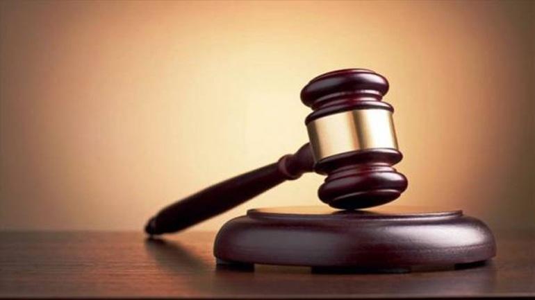 Καταδίκη για πρώην προϊσταμένη του ΙΚΑ που κολλούσε ένσημα στα παιδιά της