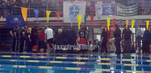 Εγιναν θρίλερ οι αγώνες - γιορτή στο Κλειστό Κολυμβητήριο του Βόλου
