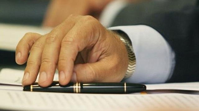 Νέα αναβολή πλειστηριασμών ανακοίνωσαν οι συμβολαιογράφοι