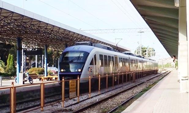 Τρένο συγκρούστηκε με αγελάδες πριν το σταθμό Λιανοκλαδίου
