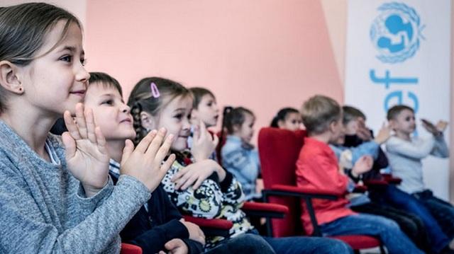 ΟΗΕ: 220.000 παιδιά απειλούνται από τις νάρκες στην ανατολική Ουκρανία