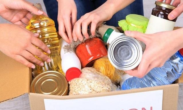 Προσφορά κατοίκων του Δήμου Ρ. Φεραίου στους πλημμυροπαθείς της Μάνδρας