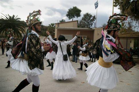 Πώς γιορτάζονται τα Χριστούγεννα σε κάθε περιοχή της Ελλάδας
