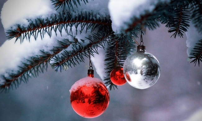 Οι χριστουγεννιάτικες αναμνήσεις έξι πολιτικών