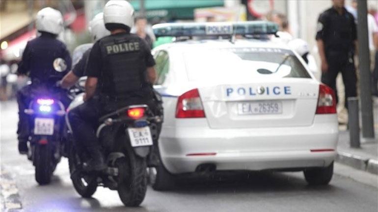 Χαλκίδα: Απόπειρα ληστείας σε χρηματαποστολή με καλάσνικοφ και βαριοπούλα