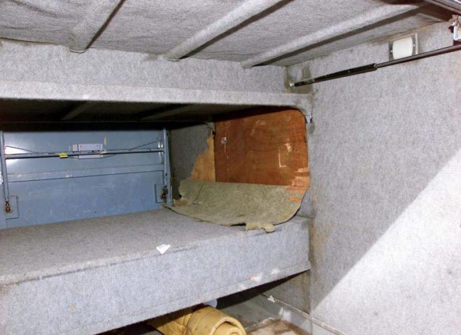 Λάρισα: Φυγόδικος κρυβόταν σε ειδική κρύπτη στην κρεβατοκάμαρά του!