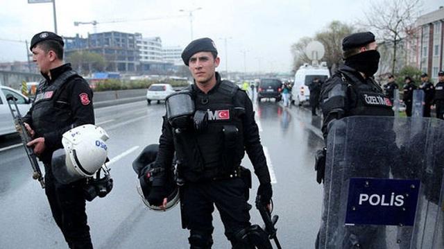 Συλλήψεις 75 υπόπτων στην Τουρκία για διασυνδέσεις με τον ISIS