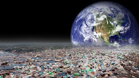 Οι επιστήμονες προειδοποιούν: Η Γη δεν αντέχει άλλα πλαστικά