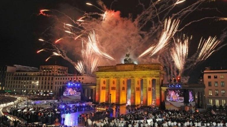 Γερμανία: Δύο νεκροί από την έκρηξη κροτίδων τη νύκτα της πρωτοχρονιάς
