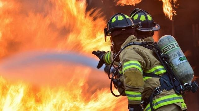 Φωτιά σε ξενοδοχείο στο Νεραϊδοχώρι Τρικάλων
