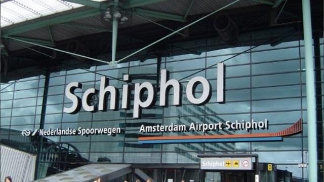 Προβλήματα στο αεροδρόμιο Σίπχολ του Άμστερνταμ προκάλεσε καταιγίδα