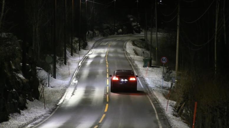 Στους έξυπνους δρόμους της Νορβηγίας τα φώτα ανάβουν μόνο όταν πρέπει