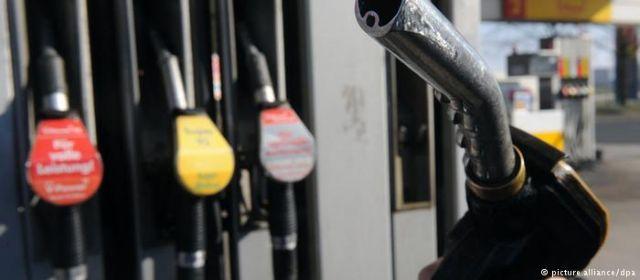 Οι αυξήσεις στα καύσιμα στις πλάτες των καταναλωτών
