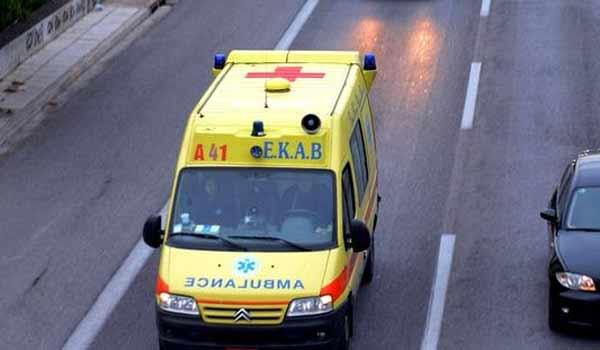 Τρίκαλα: Άνδρας παρασύρθηκε από το αυτοκίνητό του