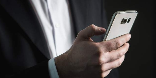 Δικαιώθηκε για τις άδικες χρεώσεις sms μετά από προσφυγή –καταγγελία