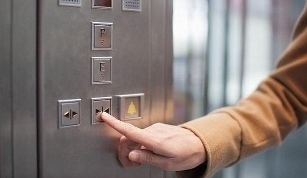 Λάρισα: Κλείδωσαν το ασανσέρ σε όσους χρωστούν κοινόχρηστα