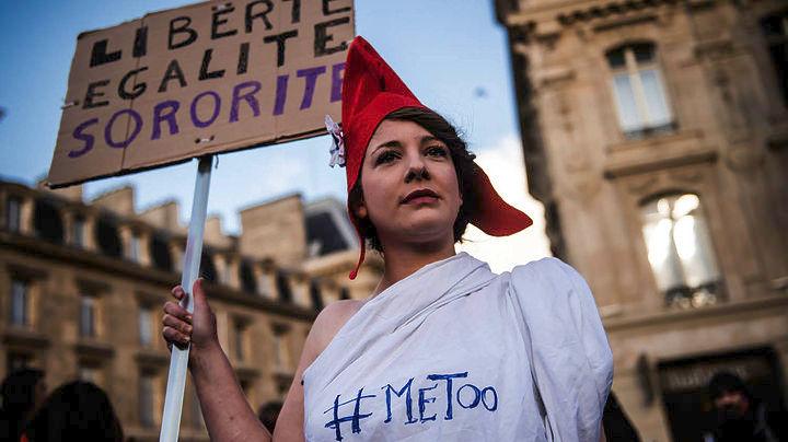 «Πόλεμος και ειρήνη» για τη σεξουαλική ελευθερία, από τις Γαλλίδες φεμινίστριες