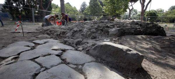 Κίνα: Ανακάλυψαν 18 αρχαίους τάφους - Με πορσελάνινα φέρετρα και λάμπες λαδιού