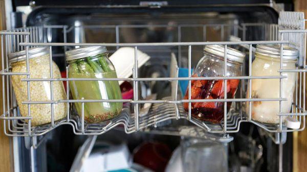 To «ένοχο» μυστικό των πλυντηρίων πιάτων