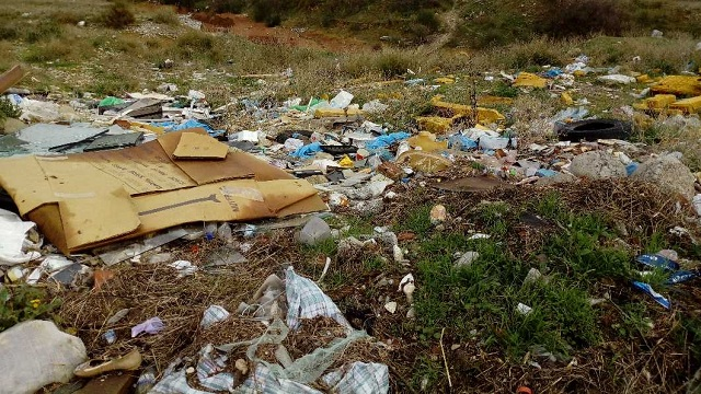 Περιβαλλοντική Πρωτοβουλία: Παράνομες χωματερές κοντά στο Πανθεσσαλικό
