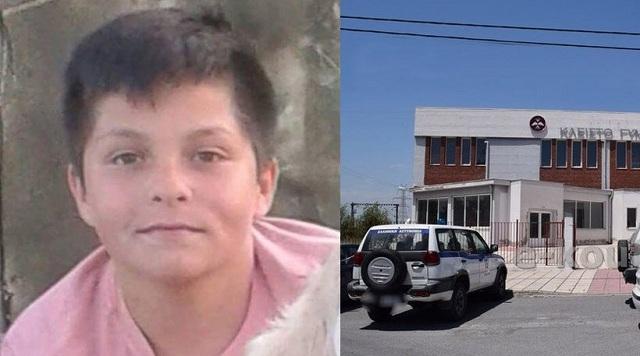 Άρχισε η δίκη του 14χρονου που έσφαξε τον φίλο του για ένα τρακτέρ