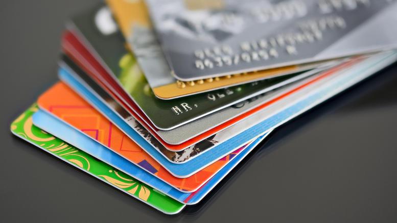 Τί αλλάζει για το πλαστικό χρήμα στις επιχειρήσεις