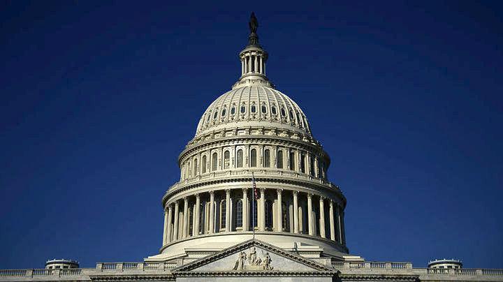 ΗΠΑ: Αντιμέτωπη με «παύση λειτουργίας» η ομοσπονδιακή κυβέρνηση