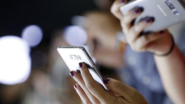 Αγανάκτηση για τις άδικες χρεώσεις sms