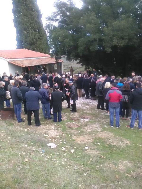 Τιμήθηκε η μνήμη των Αγίων Αντωνίου και Αθανασίου στον Δήμο Ρήγα Φεραίου