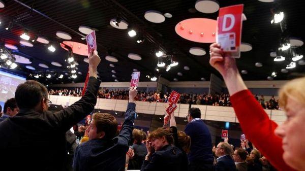 """Γερμανία: Το SPD είπε """"ναι"""" στον μεγάλο συνασπισμό με τη Χριστιανική Ένωση"""