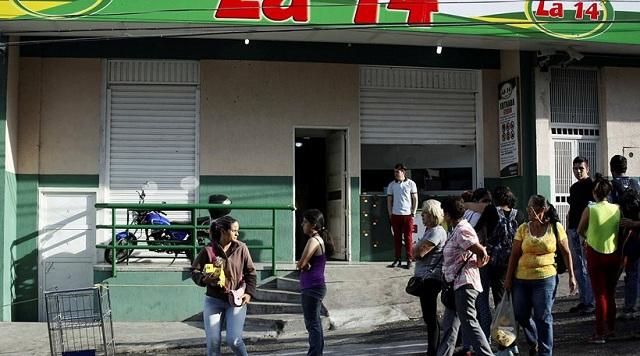 Βενεζουέλα: Κλέβουν ακόμα και άλογα για να βρουν λίγο κρέας