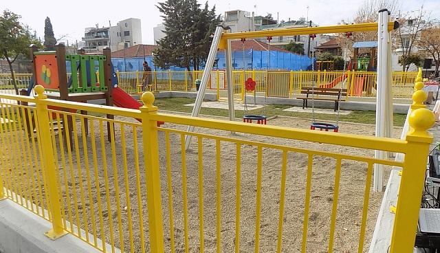 Πλήρως ανακαινισμένη η παιδική χαρά στην πλατεία Λαμπράκη στη Ν. Ιωνία
