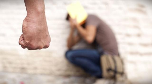 Άγριος ξυλοδαρμός 15χρονου από συμμαθητές του στη Σητεία