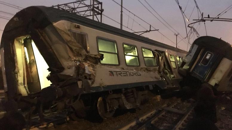 Εκτροχιασμός τρένου στο Μιλάνο: 5 νεκροί, 100 τραυματίες