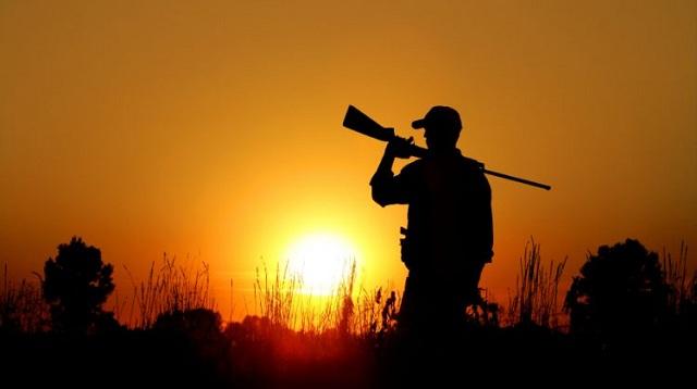 Άγριος καυγάς Τρικαλινών κυνηγών για ένα… αγριογούρουνο