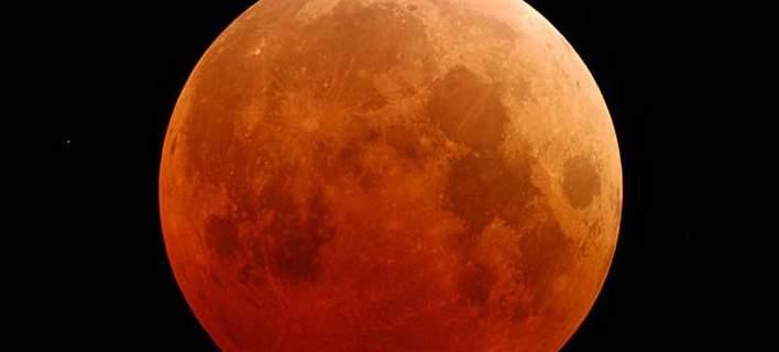 Ενα σπάνιο φαινόμενο υπερ- Σελήνης στις 31 Ιανουαρίου