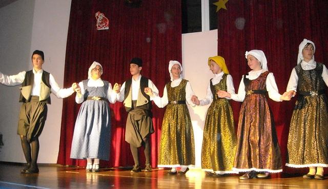 Σεργιάνι στην παράδοση
