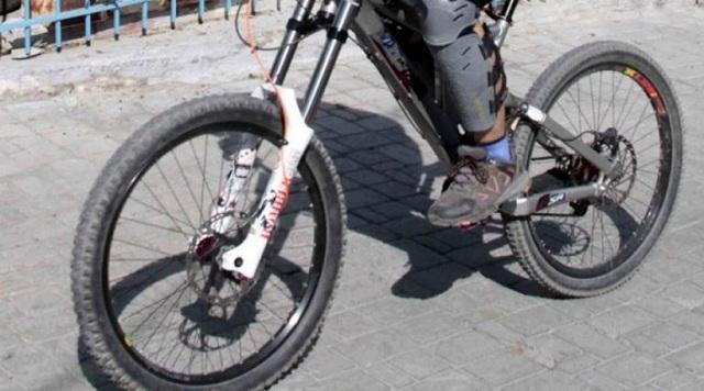 Παγίδα θανάτου για 17χρονο ποδηλάτη σε πίστα με ράμπες