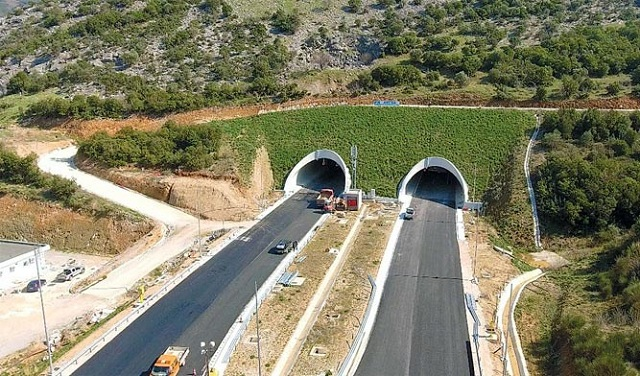 Διευκρινίσεις της Αυτοκινητόδρομος Αιγαίου για απομάκρυνση πινακίδων από σήραγγες