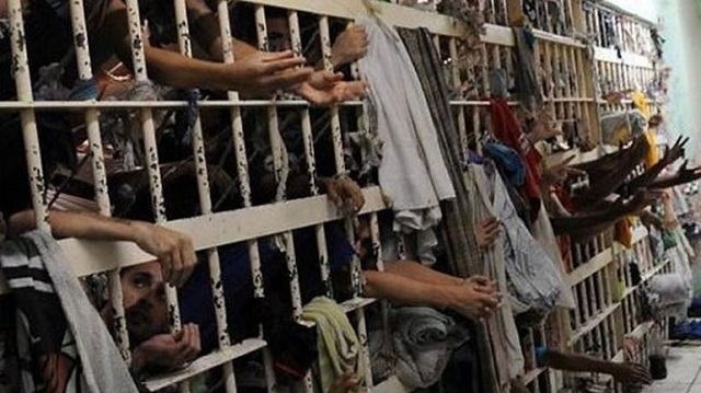 «Ξεκαθάρισμα λογαριασμών» σε φυλακή της Βραζιλίας με 10 νεκρούς κρατούμενους